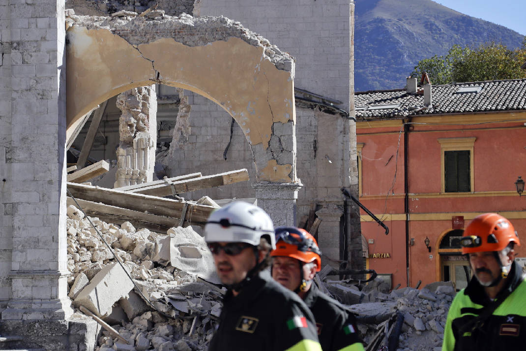 italy earthquake recovery